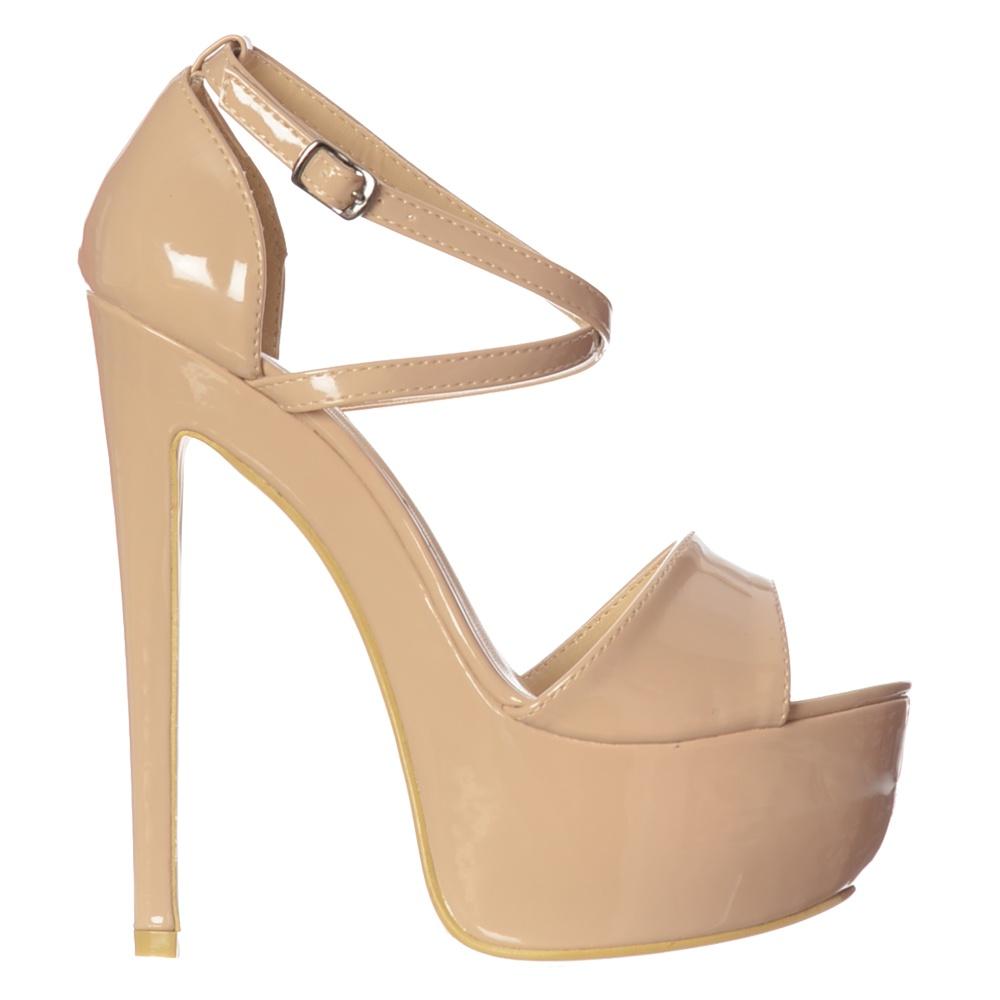 Cumming over patent high heels and wetlook leggings 9
