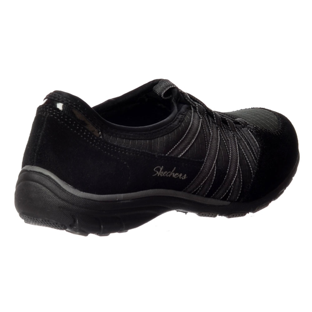 relaxed fit skechers with memory foam
